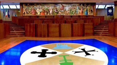 Rimborsopoli: anche due politici vibonesi a giudizio