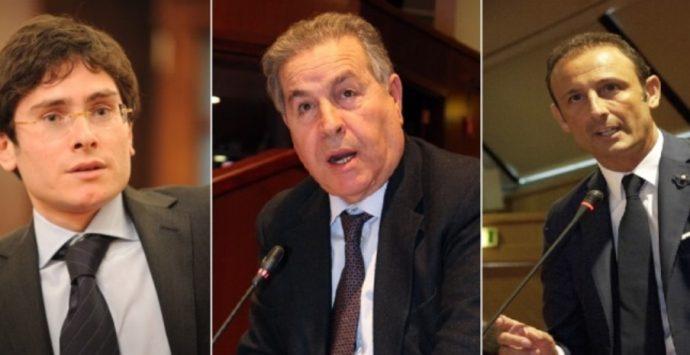 La contromossa di Luciano: un asse con Bruni e Grillo per arginare Mangialavori