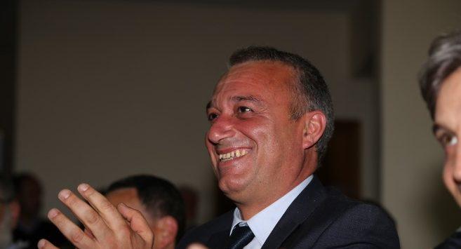 Forza Italia, Salerno affonda la gestione Santelli