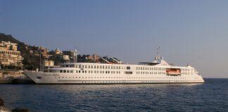 """La nave da crociera """"La belle de l'Adriatique"""""""