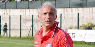 L'allenatore rossoblù Gaetano Di Maria