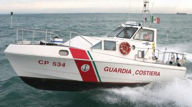 Precipita ultraleggero al largo di Stromboli, due morti. Sul posto la Capitaneria di Vibo