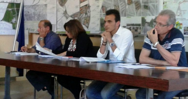 Ionadi, la minoranza invoca una commissione per la trasparenza