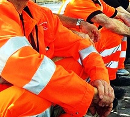 Pizzo, operai Eurocoop bloccano nuovamente la Statale 18