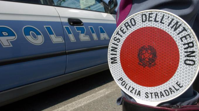 Incidente in autostrada fra Mileto e Rosarno, quattro i feriti