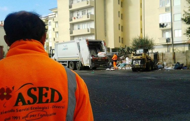 Rifiuti, a Vibo Valentia la tassa meno cara in Italia