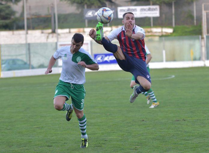 Un notevole gesto atletico di Allegretti (foto Lo Gatto)