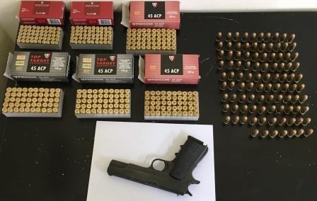 Armi e munizioni, nei guai genero e suocero a Tropea