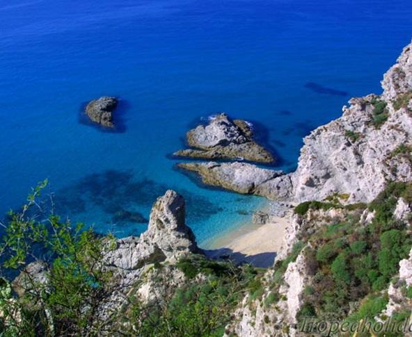 Economia del mare, parte dal Vibonese il primo Contratto di costa d'Italia