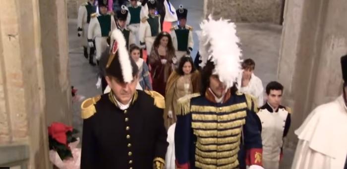 """""""L'impero della rosa"""", l'800 a rivive Palazzo Gagliardi – VIDEO"""
