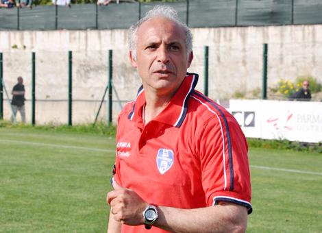 Il trainer rossoblù Gaetano Di Maria