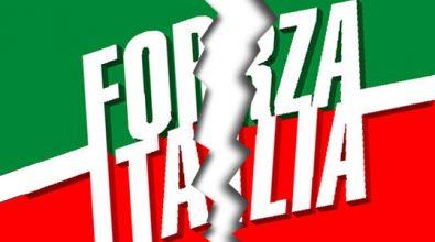 Forza Italia, è guerra aperta tra Mangialavori e il duo Arena-Salerno