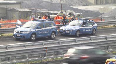 Operai bloccano autostrada nei pressi di Mileto