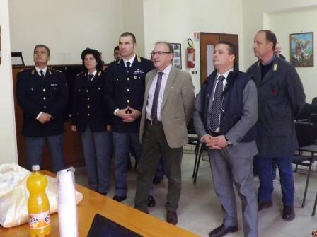 Il prefetto Casabona in visita alla Polizia stradale