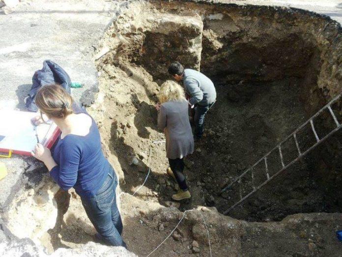 Gli scavi in piazza Santa Maria