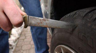 Soriano, squarciate le ruote dei mezzi comunali: fermato un 38enne