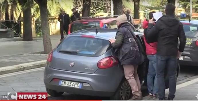 VIDEO | Crack Blue paradise: le immagini degli arresti
