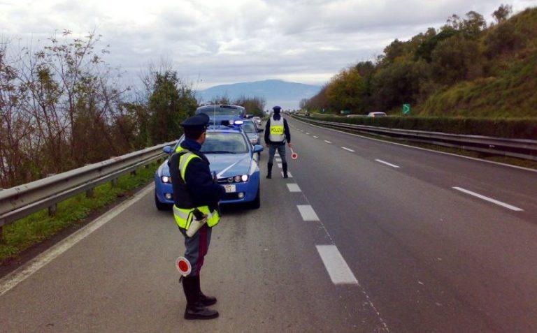 Controlli a tappeto della Polstrada nel Vibonese, quasi 300 i veicoli fermati