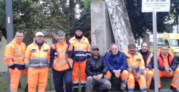 Si ferma la raccolta dei rifiuti a Mileto – VIDEO