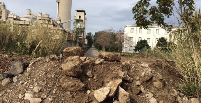Vibo Marina, via Parodi chiusa: esplode la rabbia di residenti e commercianti