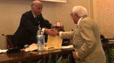 Da 15 anni alla presidenza dell'Aci di Vibo: l'Assemblea generale premia Farfaglia