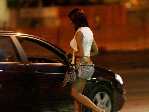 Prostituzione: ventunenne lascia il carcere per i domiciliari a Rombiolo