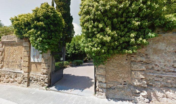 L'ingresso di Villa Gagliardi