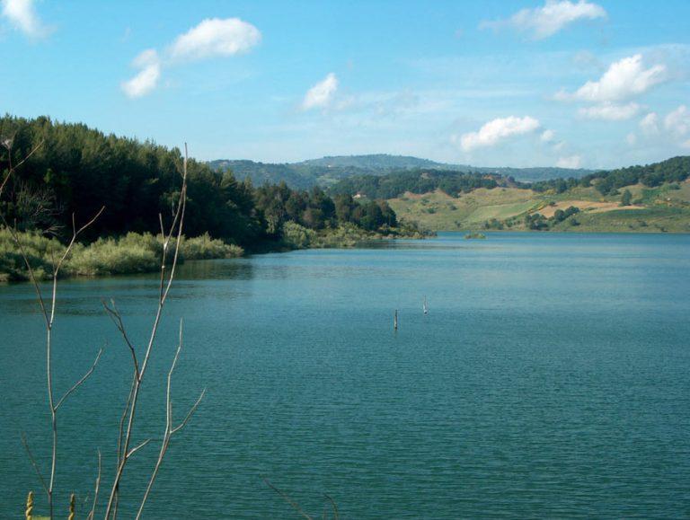 Un canale di fuga per la diga Angitola