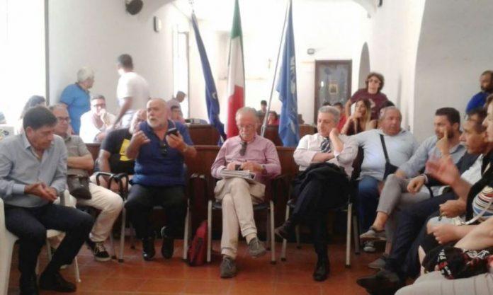 L'assemblea di Nicotera