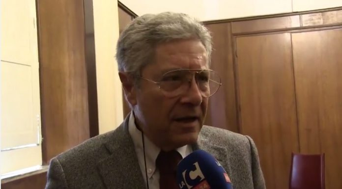Il sindaco Elio Costa