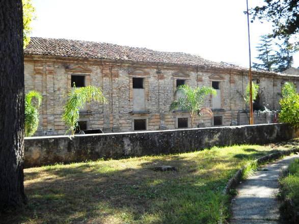 Il palazzo vescovile di Mileto