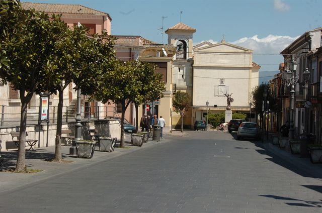 La piazza di Sant'Onofrio