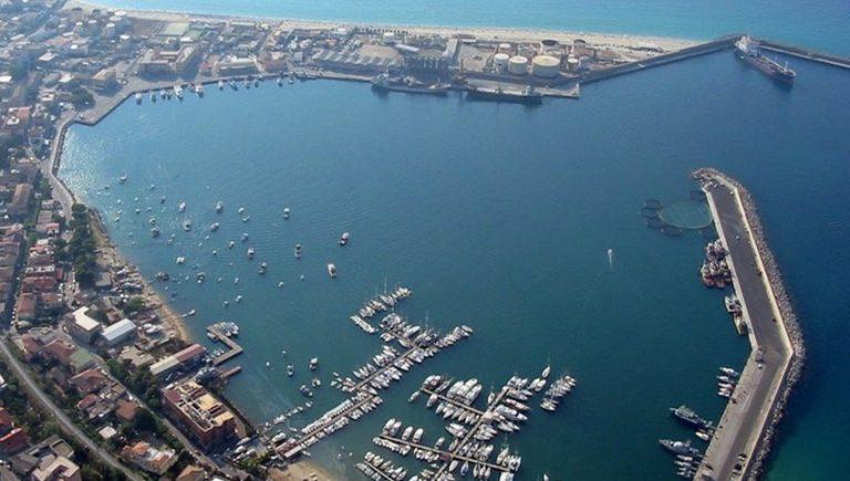 Coronavirus, sono quattro i casi positivi dello yacht arrivato a Vibo Marina