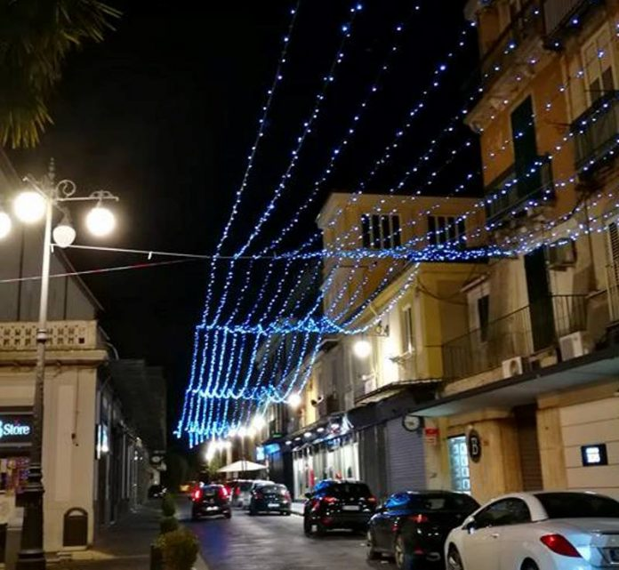 Luminarie su Corso Umberto I