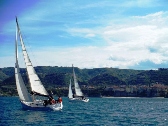 Una regata nelle acque vibonesi