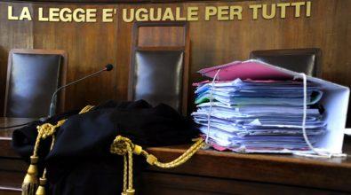 Sacerdoti accusati di tentata estorsione mafiosa, dispersa parte di atti: colpo di scena al processo
