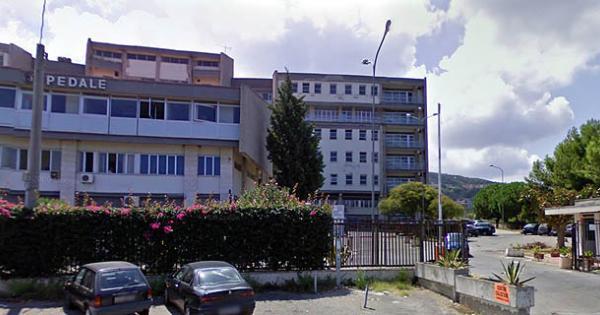 Accusa un malore, ma dall'ospedale di Tropea viene rimandato a casa e poco dopo muore. Aperta un'inchiesta