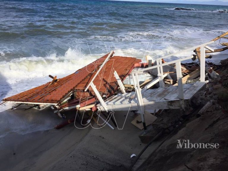 Mareggiate a Tropea, Mangialavori chiede interventi urgenti per il litorale