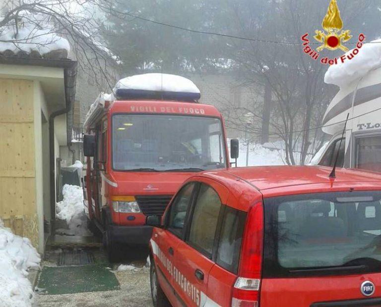 Emergenza neve nelle aree colpite dal terremoto, da Vibo partono altri Vigili del fuoco