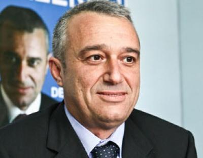 """'Ndrangheta: il """"ritratto"""" della Dda su Nazzareno Salerno e le campagne dei clan in suo favore"""