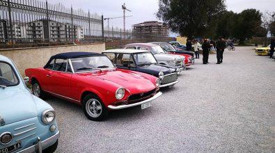 Successo per il raduno di auto d'epoca al Parco urbano