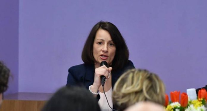 La candidata a sindaco del Meetup Pizzo, Carmen Manduca