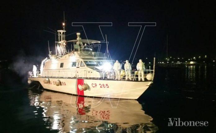 La motovedetta Cp 265 in missione a Lampedusa