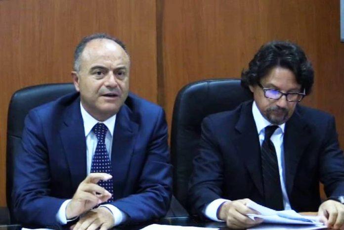 Il procuratore di Catanzaro Gratteri con l'aggiunto Bombardieri