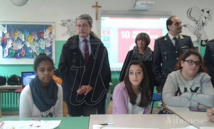 """Il procuratore Spagnuolo alla """"Vespucci"""""""
