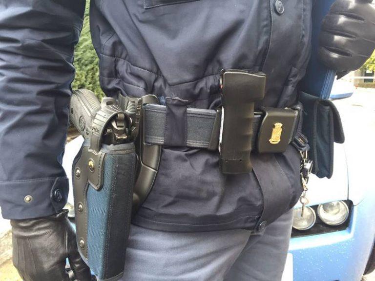 Un'arma in più per i poliziotti: arriva anche a Vibo lo spray al peperoncino