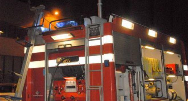 In fiamme la Peugeot di una 48enne a Vibo Valentia