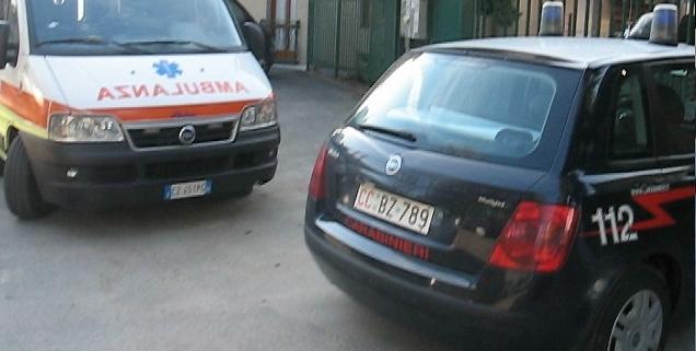 Inveisce e spintona i carabinieri, trasferito in Psichiatria a Vibo