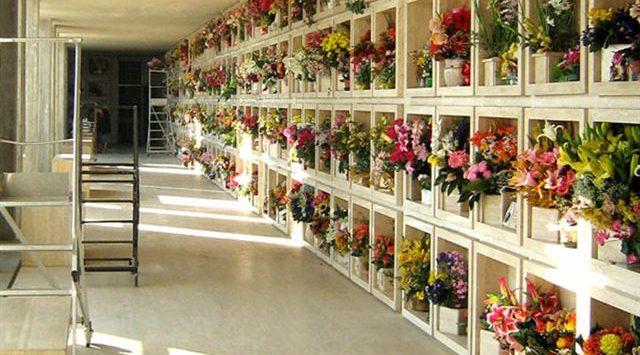 Cimiteri di Vibo, Soriano (Pd): «Orari ridotti». L'amministrazione: «Sono troppi, un problema»