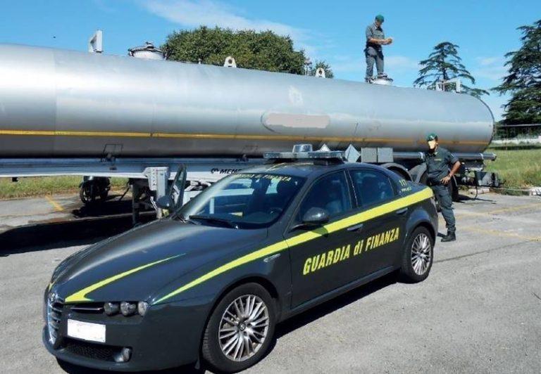 Petrol mafie, altri 49 arresti: colpito il braccio operativo del sistema capeggiato dai Mancuso